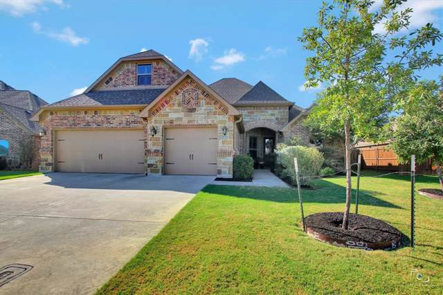 727 La Paloma Road, Sanger, TX 76266 (MLS #14203723) :: Lynn Wilson with Keller Williams DFW/Southlake