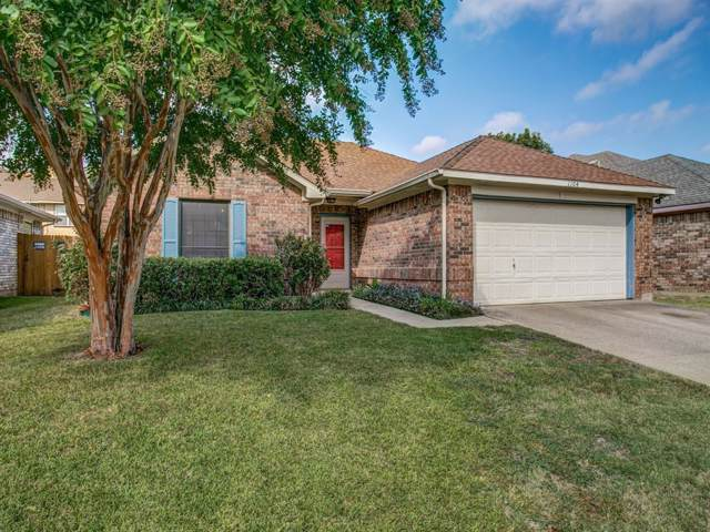1104 Princeton Place, Euless, TX 76040 (MLS #14203826) :: The Chad Smith Team