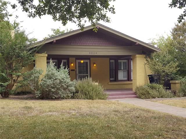 2200 W Magnolia Avenue, Fort Worth, TX 76110 (MLS #14203827) :: The Heyl Group at Keller Williams