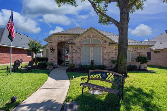 1648 Castle Rock Drive, Lewisville, TX 75077 (MLS #14204134) :: Lynn Wilson with Keller Williams DFW/Southlake