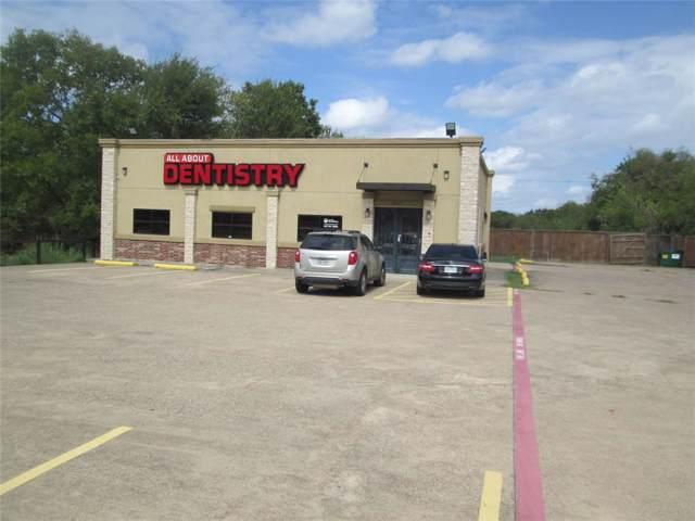 10215 Scyene Road, Dallas, TX 75227 (MLS #14204191) :: Lynn Wilson with Keller Williams DFW/Southlake