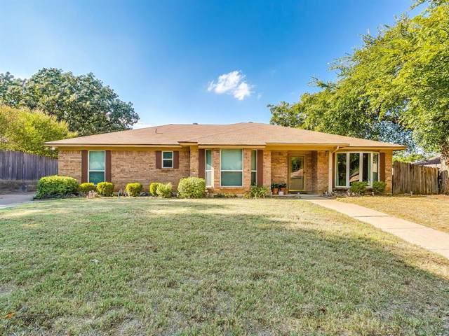 217 NE Rosamond Street, Burleson, TX 76028 (MLS #14204198) :: RE/MAX Pinnacle Group REALTORS