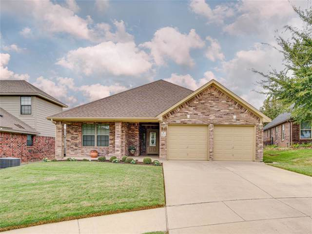 2936 Greenway Drive, Burleson, TX 76028 (MLS #14204293) :: Performance Team