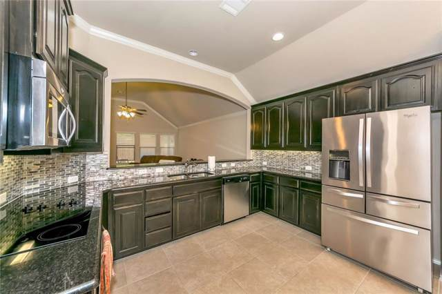 720 Ravenwood Drive, Saginaw, TX 76179 (MLS #14204300) :: Lynn Wilson with Keller Williams DFW/Southlake