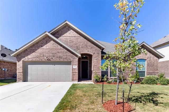 525 Scarlet Trail, Saginaw, TX 76179 (MLS #14204506) :: The Real Estate Station