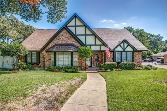 2600 Westridge Drive, Arlington, TX 76012 (MLS #14204644) :: Trinity Premier Properties