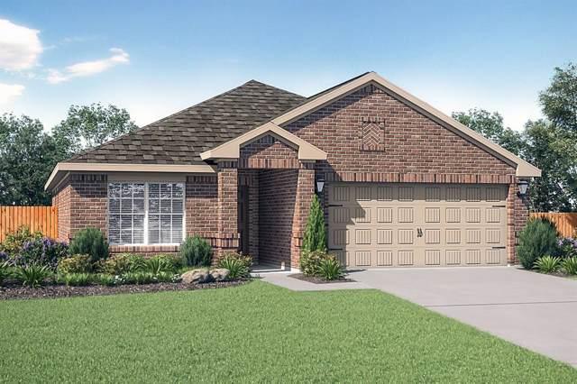 4002 Waterfront Drive, Sanger, TX 76266 (MLS #14204705) :: Trinity Premier Properties