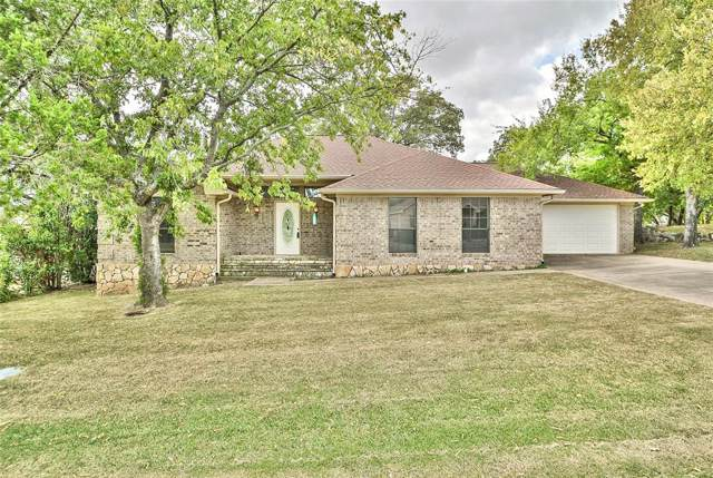 4204 Angelina Drive, Granbury, TX 76049 (MLS #14204800) :: Ann Carr Real Estate