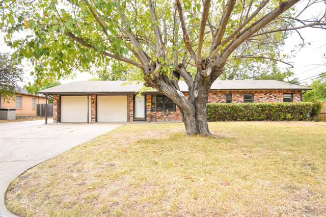 240 SW Gamble Street, Burleson, TX 76028 (MLS #14204834) :: Lynn Wilson with Keller Williams DFW/Southlake
