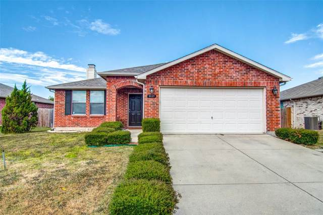1621 Fieldstone Drive, Little Elm, TX 75068 (MLS #14204888) :: Tenesha Lusk Realty Group