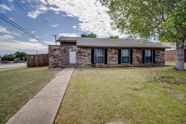 1202 Valencia Lane, Lewisville, TX 75067 (MLS #14204958) :: Baldree Home Team