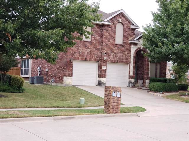 2616 Coral Cove Drive, Grand Prairie, TX 75054 (MLS #14204975) :: The Tierny Jordan Network