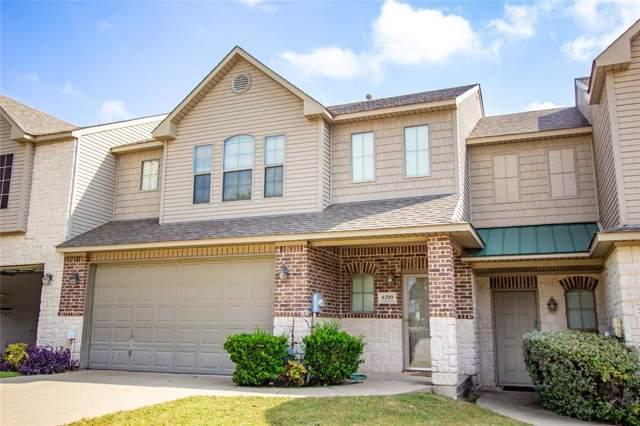 4200 Towne Lake Court, Irving, TX 75061 (MLS #14205111) :: Lynn Wilson with Keller Williams DFW/Southlake