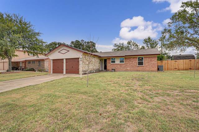 704 Timberline Street, Kennedale, TX 76060 (MLS #14205138) :: The Hornburg Real Estate Group