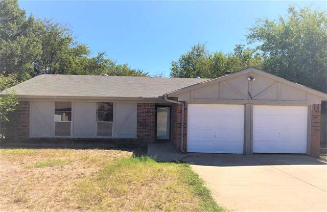 605 Daniels Drive, Crowley, TX 76036 (MLS #14205148) :: The Mitchell Group