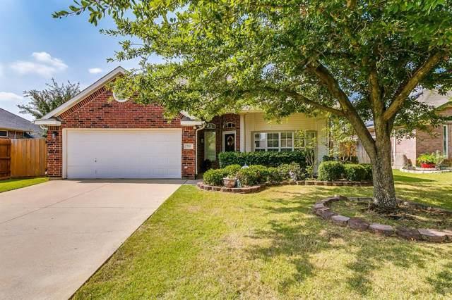 733 Sandgate Drive, Burleson, TX 76028 (MLS #14205156) :: RE/MAX Pinnacle Group REALTORS