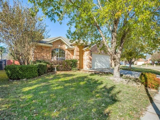 641 Fox Run Trail, Saginaw, TX 76179 (MLS #14205235) :: Lynn Wilson with Keller Williams DFW/Southlake