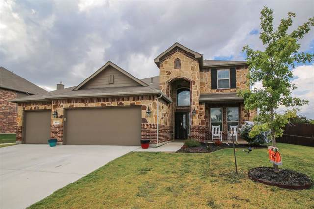 1544 Fallingwater Trail, Fort Worth, TX 76052 (MLS #14205308) :: Lynn Wilson with Keller Williams DFW/Southlake