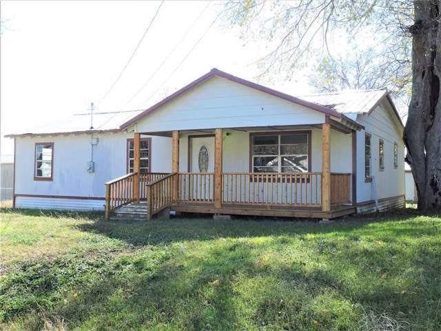 814 E 5th Street, Bonham, TX 75418 (MLS #14205347) :: Robbins Real Estate Group