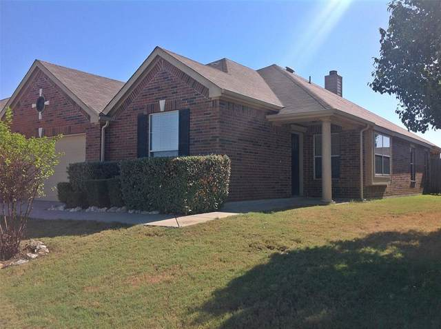 1245 Diamond Back Lane, Fort Worth, TX 76052 (MLS #14205977) :: Robinson Clay Team