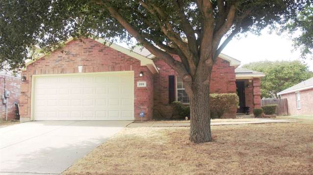 205 Lincoln Lane, Crowley, TX 76036 (MLS #14206355) :: Lynn Wilson with Keller Williams DFW/Southlake