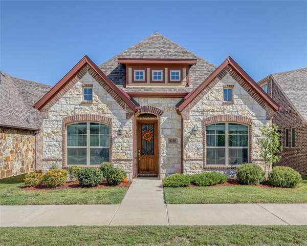 8208 Whistling Duck Drive, Fort Worth, TX 76118 (MLS #14207707) :: RE/MAX Town & Country