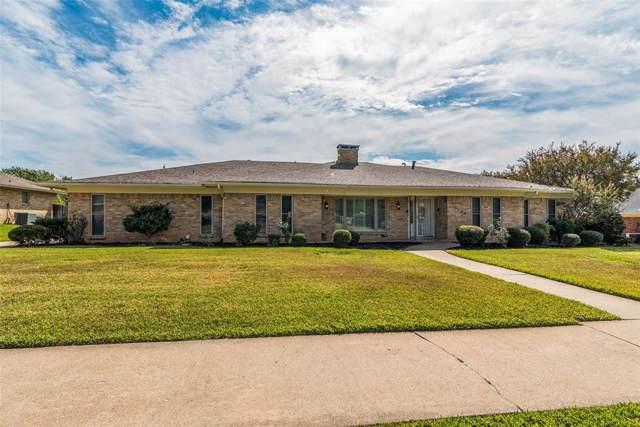 1602 Crescent Drive, Sherman, TX 75092 (MLS #14208110) :: Lynn Wilson with Keller Williams DFW/Southlake