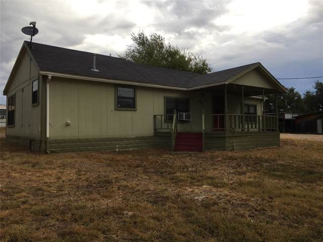 611 W Pierson, Hamilton, TX 76531 (MLS #14208225) :: Lynn Wilson with Keller Williams DFW/Southlake