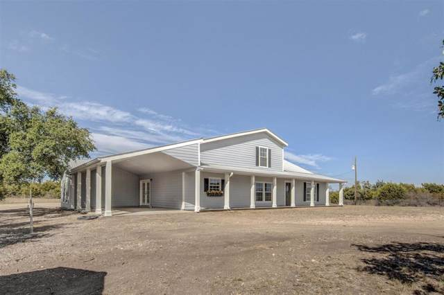 451 Woodhaven Drive, Springtown, TX 76082 (MLS #14208356) :: RE/MAX Town & Country