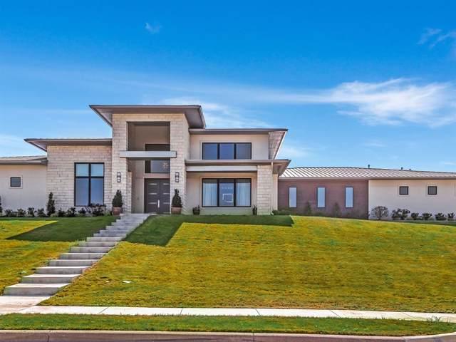 4924 Corriente Lane, Benbrook, TX 76126 (MLS #14208668) :: Potts Realty Group