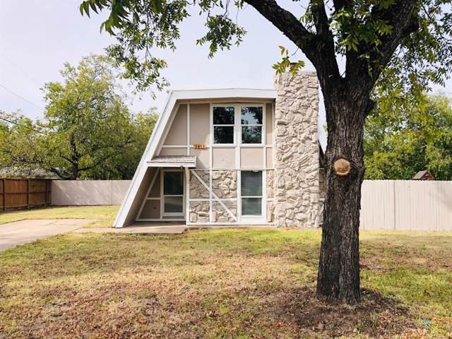 3413 Reeves Street, Haltom City, TX 76117 (MLS #14208926) :: Tenesha Lusk Realty Group