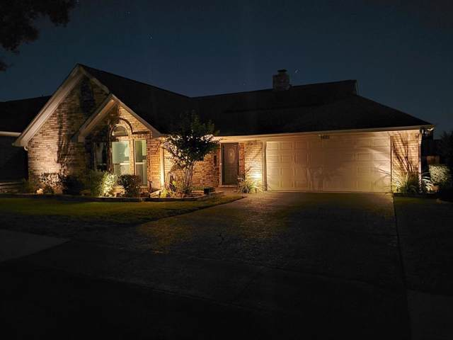 1621 Saxon Drive, Bedford, TX 76021 (MLS #14208934) :: The Hornburg Real Estate Group