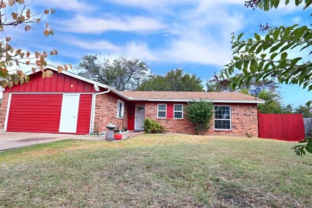 1015 Avington Court, Arlington, TX 76015 (MLS #14208962) :: Lynn Wilson with Keller Williams DFW/Southlake
