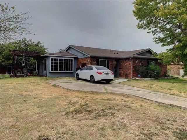 433 Curts Drive, Grand Prairie, TX 75052 (MLS #14209965) :: RE/MAX Town & Country