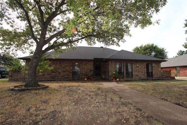 320 Rolling Oak Drive, Murphy, TX 75094 (MLS #14210472) :: Hargrove Realty Group