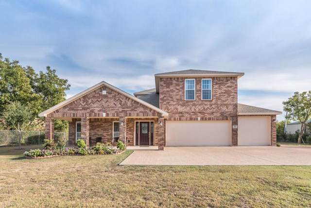 906 Spring Miller Court, Arlington, TX 76002 (MLS #14210803) :: Tanika Donnell Realty Group