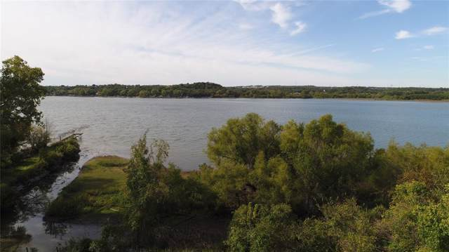 2445 E Lake, Weatherford, TX 76087 (MLS #14211110) :: RE/MAX Town & Country