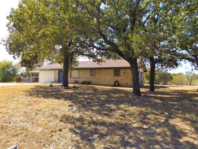 320 Lynnwood Drive, Graham, TX 76450 (MLS #14211147) :: RE/MAX Town & Country