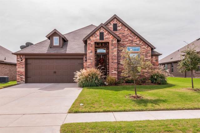 271 Pine Crest Drive, Justin, TX 76247 (MLS #14211310) :: Dwell Residential Realty