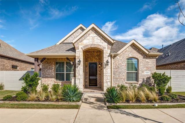 828 Parkside Drive, Argyle, TX 76226 (MLS #14211319) :: Dwell Residential Realty