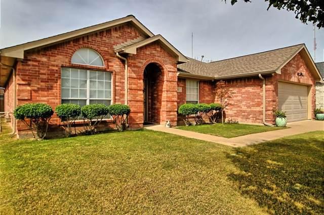 821 Passive Drive, Cedar Hill, TX 75104 (MLS #14211337) :: Lynn Wilson with Keller Williams DFW/Southlake