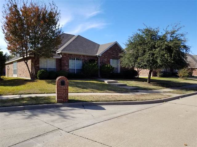 8710 Hartford Drive, Rowlett, TX 75089 (MLS #14211805) :: RE/MAX Town & Country