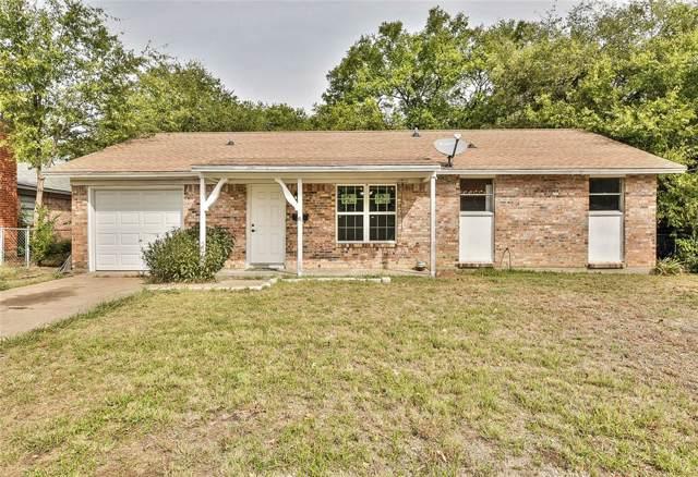 821 E Mustang Street, Crowley, TX 76036 (MLS #14211990) :: Lynn Wilson with Keller Williams DFW/Southlake