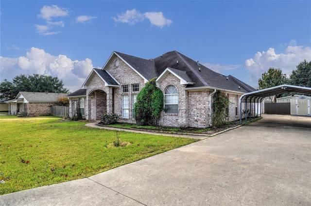 407 W Carter, Savoy, TX 75479 (MLS #14212316) :: Frankie Arthur Real Estate