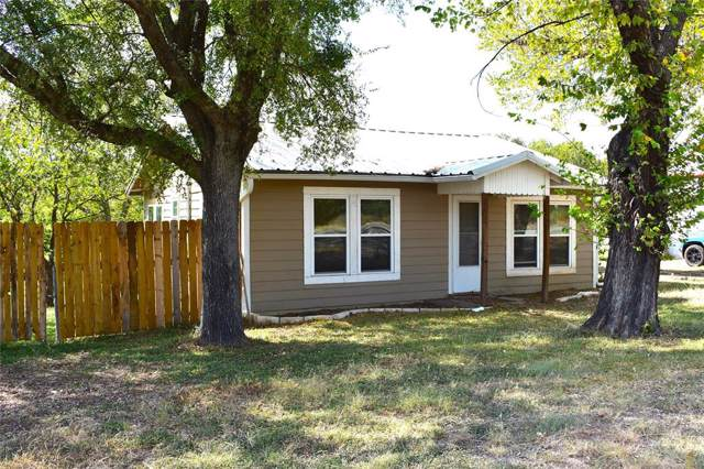 2104 S Oak Avenue, Mineral Wells, TX 76067 (MLS #14212416) :: Robbins Real Estate Group