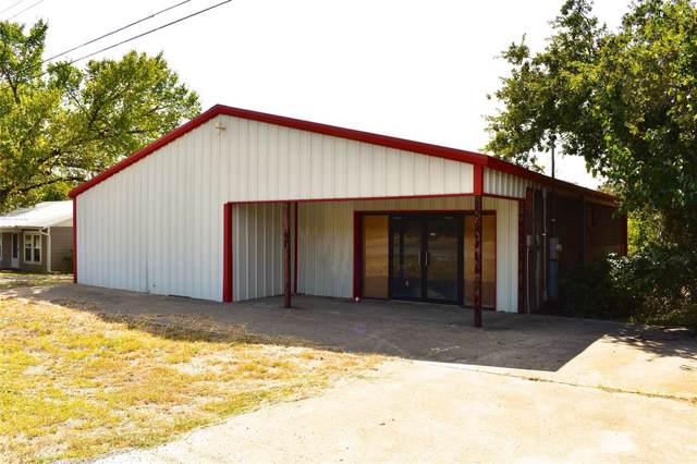 2102 S Oak Avenue, Mineral Wells, TX 76067 (MLS #14212472) :: Robbins Real Estate Group