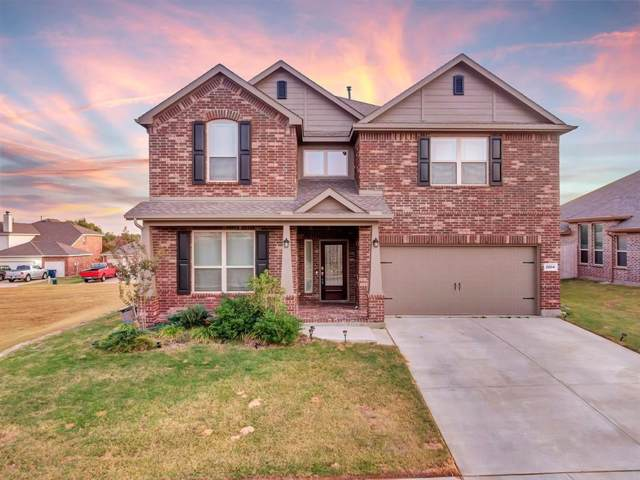 2004 Vineland Avenue, Denton, TX 76210 (MLS #14212683) :: Team Hodnett
