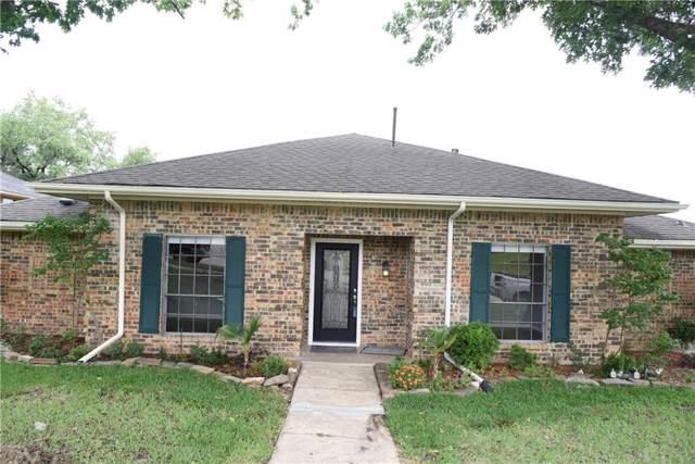 3002 Apple Valley Drive, Garland, TX 75043 (MLS #14213224) :: The Kimberly Davis Group