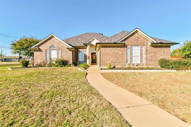1608 Poe Drive, Cleburne, TX 76033 (MLS #14213539) :: Ann Carr Real Estate