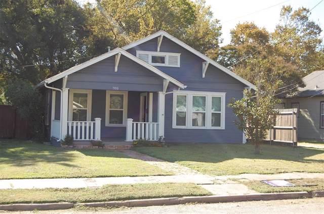 705 N Sherman Street, Ennis, TX 75119 (MLS #14213630) :: The Welch Team